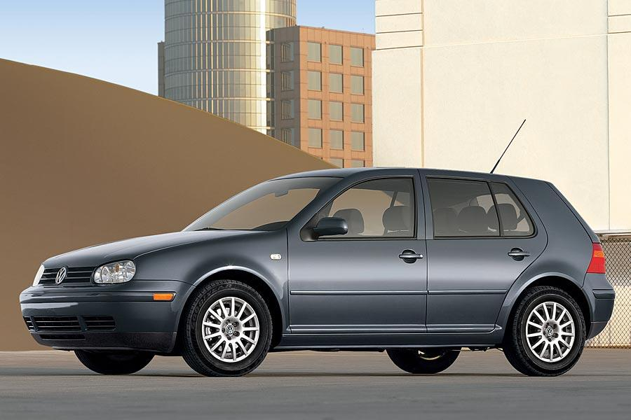 2005 Volkswagen Golf Photo 1 of 9