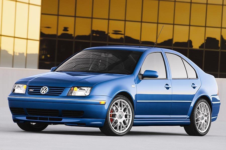 2005 Volkswagen Jetta Photo 2 of 14