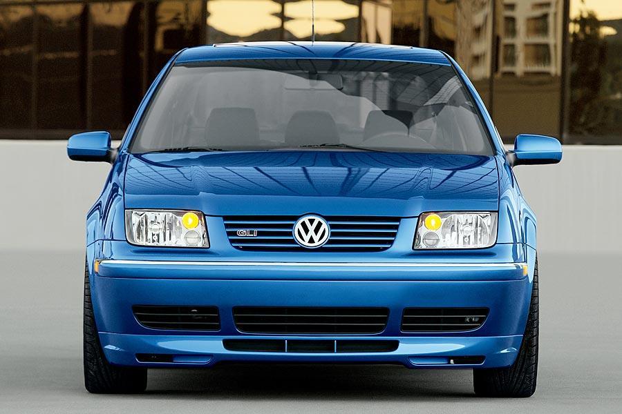2005 Volkswagen Jetta Photo 4 of 14