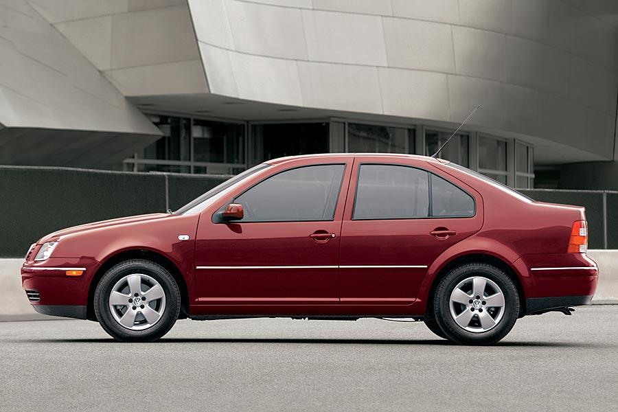 2005 Volkswagen Jetta Specs, Pictures, Trims, Colors || Cars.com