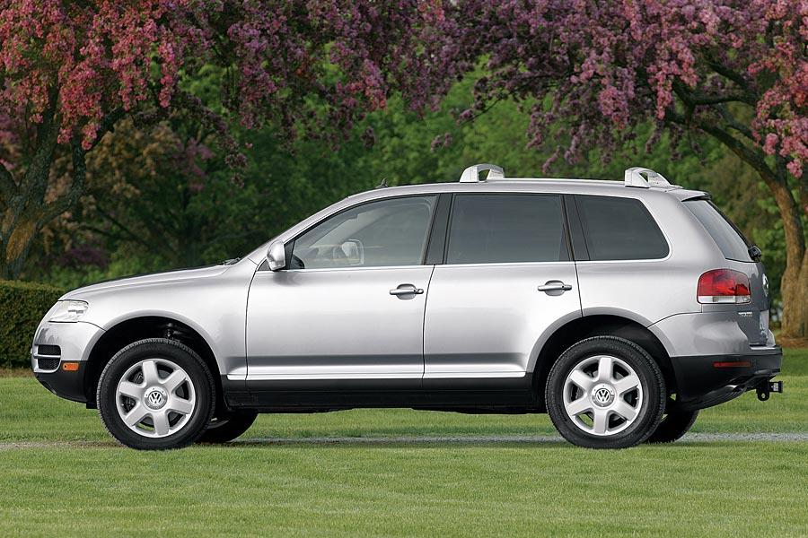 2005 Volkswagen Touareg Photo 3 of 10