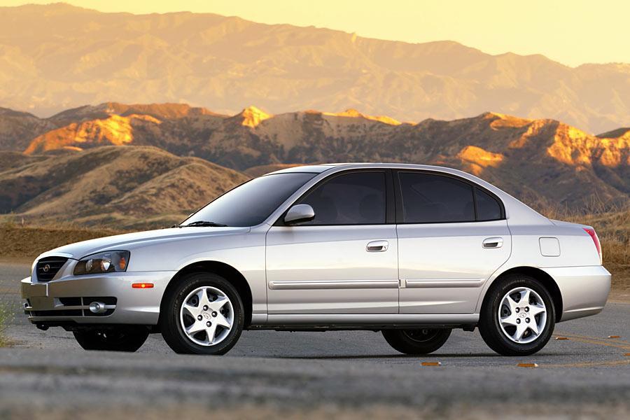 2005 Hyundai Elantra Photo 3 of 10
