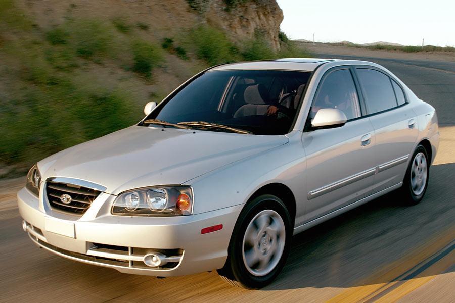 2005 Hyundai Elantra Photo 4 of 10