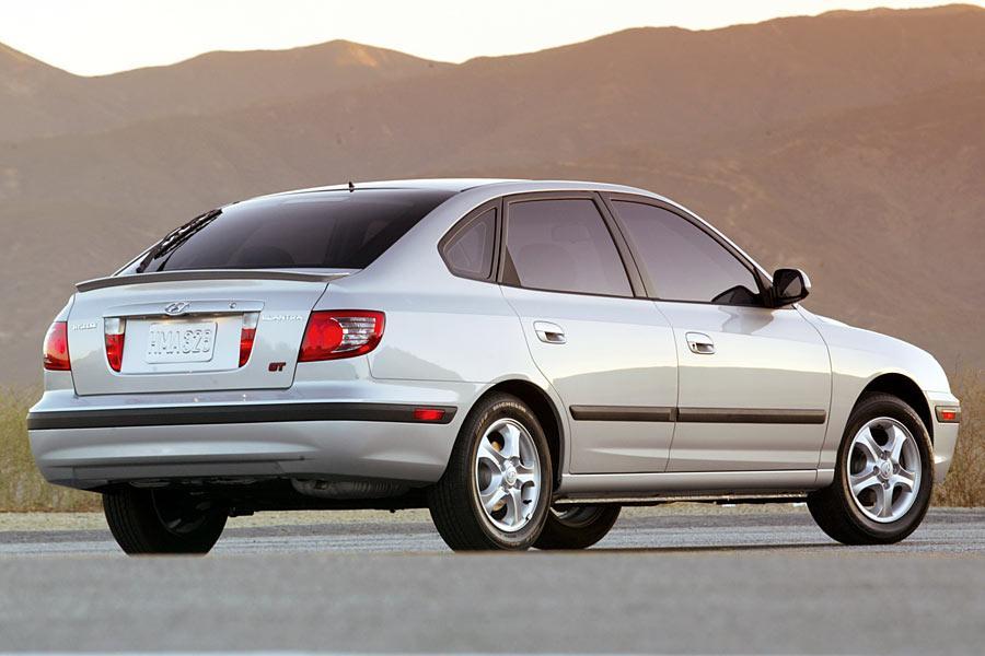 2005 Hyundai Elantra Photo 6 of 10