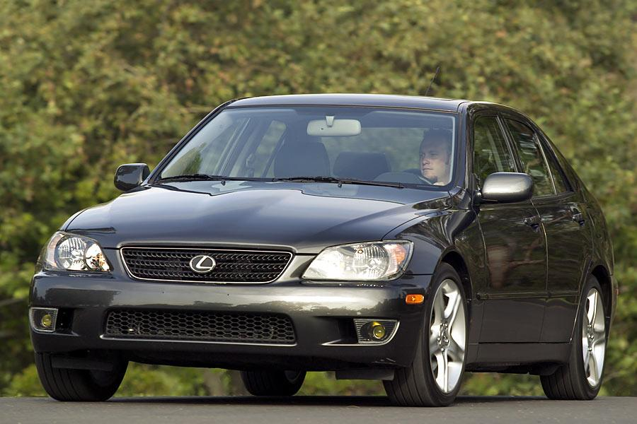 2005 lexus is 300 overview. Black Bedroom Furniture Sets. Home Design Ideas