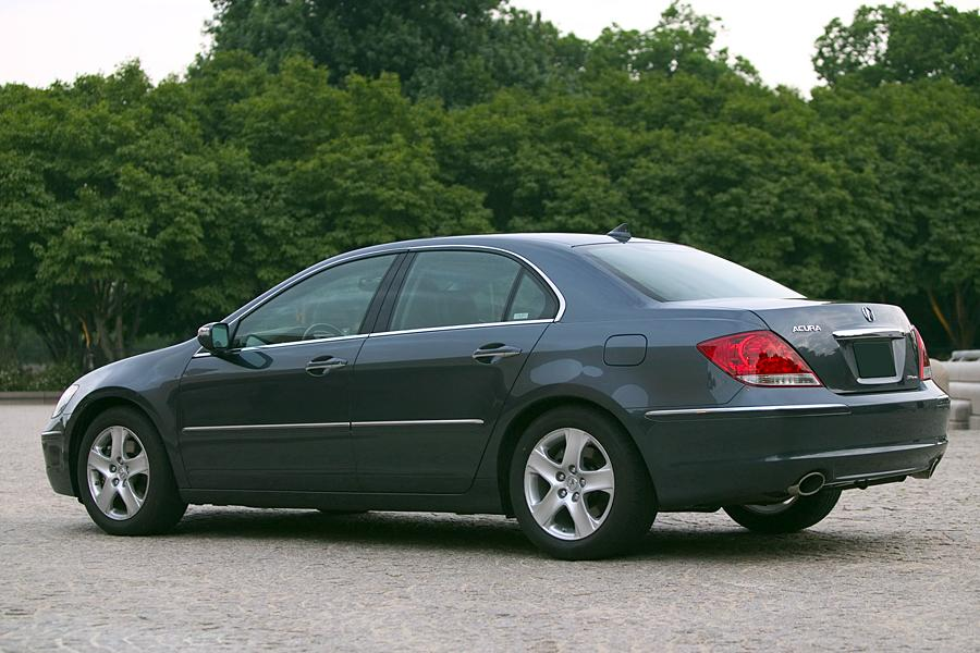 2005 Acura RL Photo 4 of 9