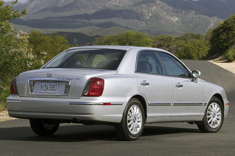2005 Hyundai XG350 Photo 3 of 9