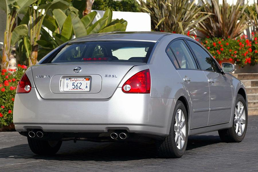 Used Nissan Altima For Sale >> 2005 Nissan Maxima Specs, Pictures, Trims, Colors || Cars.com