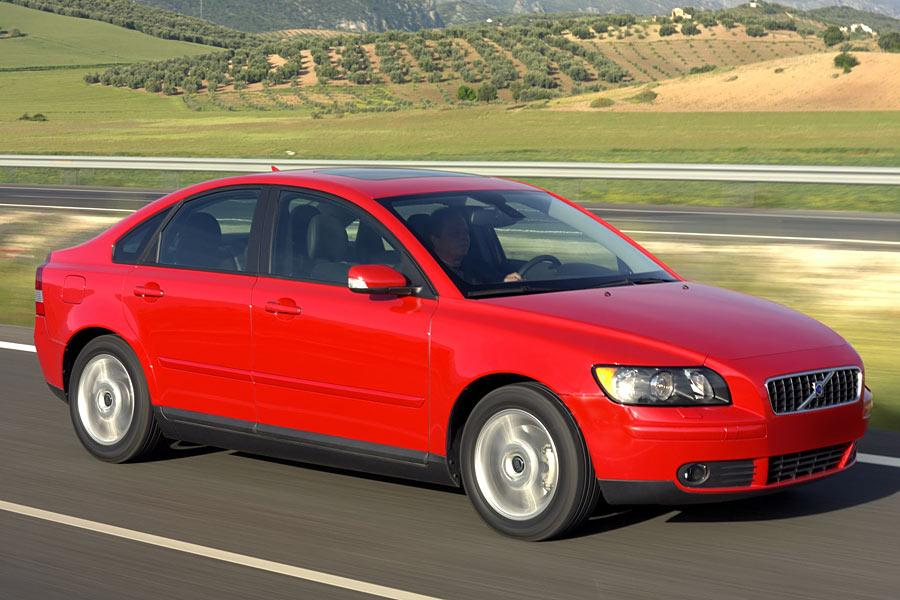 2005 Volvo S40 Overview | Cars.com