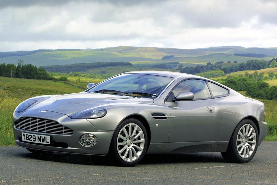 2005 Aston Martin V12 Vanquish Photo 1 of 10