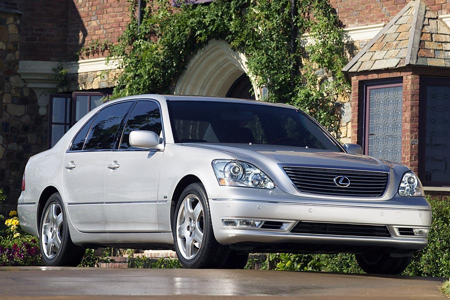 2005 Lexus LS 430 Photo 2 of 10