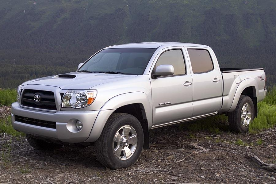 2005 toyota tacoma overview. Black Bedroom Furniture Sets. Home Design Ideas