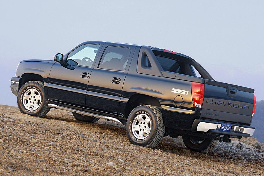 2005 Chevrolet Avalanche Overview  Carscom