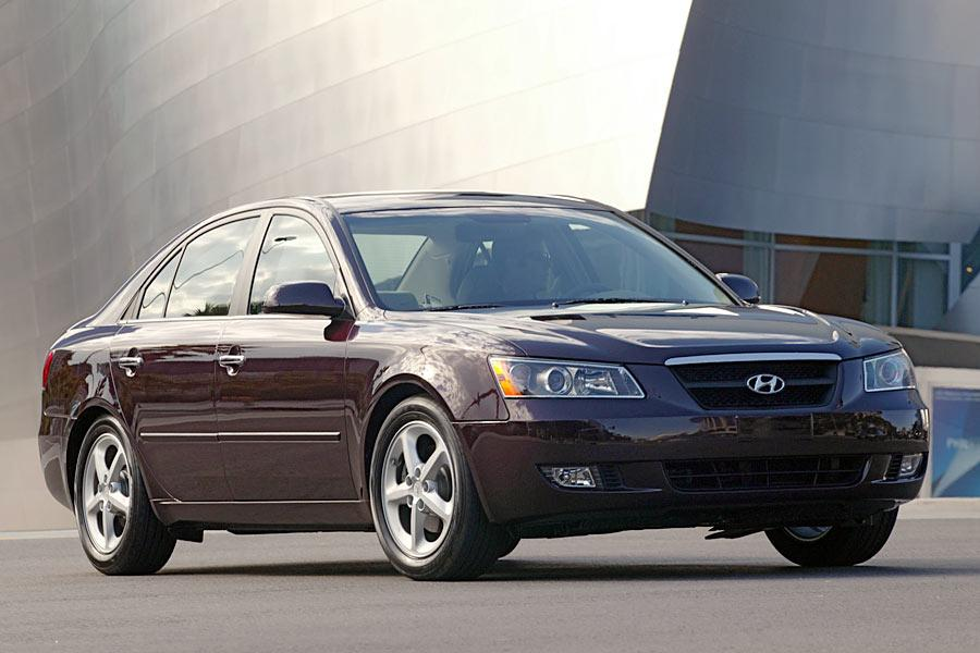 2006 Hyundai Sonata Photo 2 of 9
