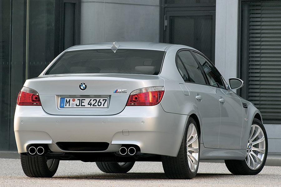 2006 BMW M5 Photo 3 of 9
