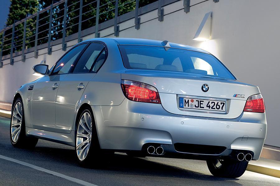 2006 BMW M5 Photo 5 of 9