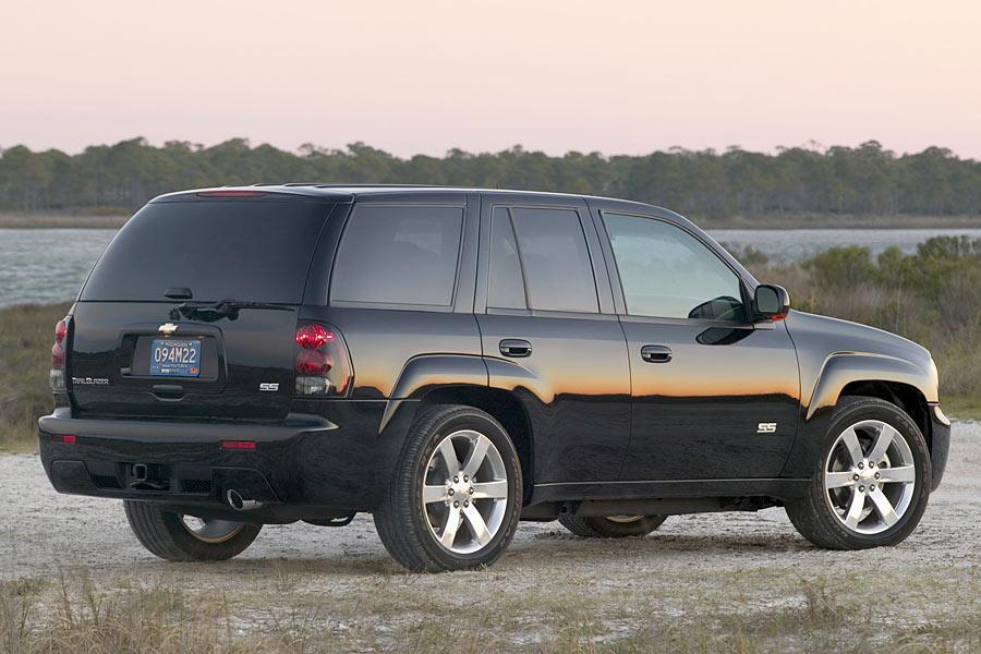 2006 Chevrolet TrailBlazer Photo 2 of 7