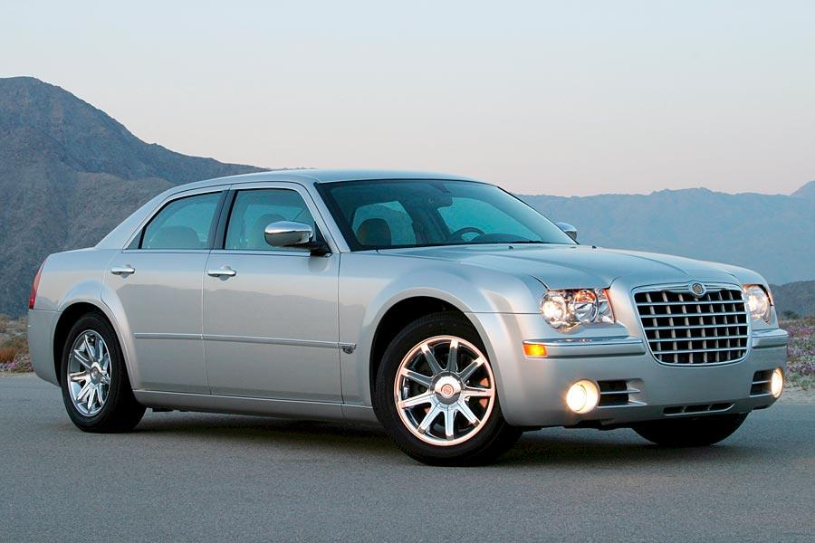 2006 Chrysler 300C Photo 2 of 5