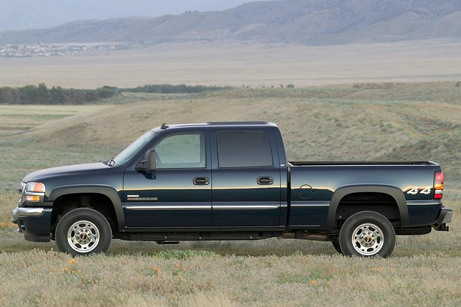 2006 GMC Sierra 1500 Photo 2 of 9