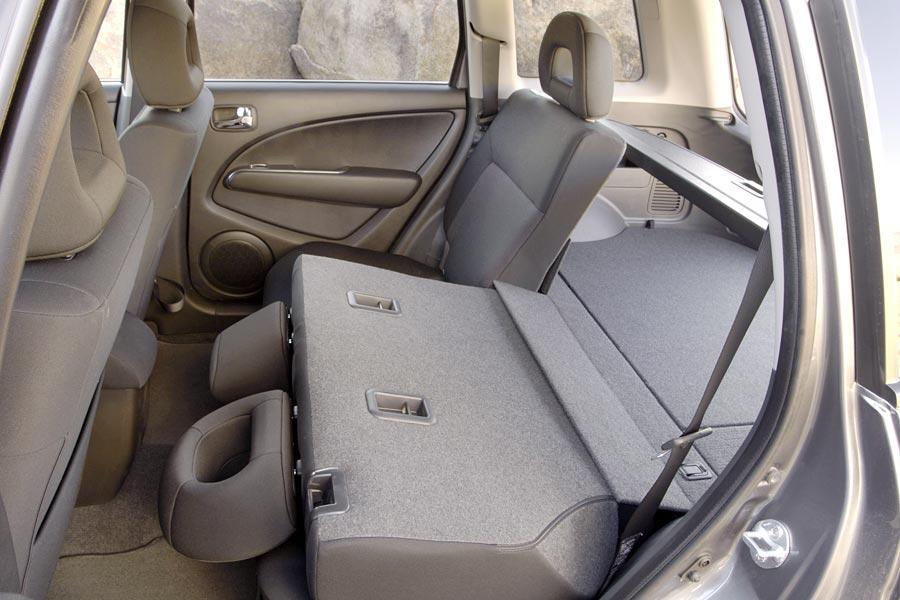 2006 Mitsubishi Outlander Photo 5 of 5