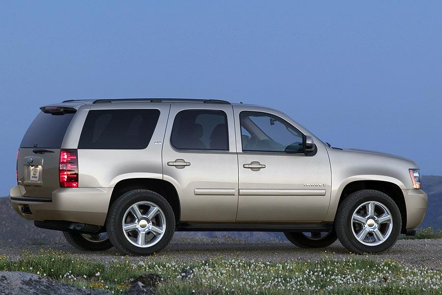 2007 chevrolet tahoe overview. Black Bedroom Furniture Sets. Home Design Ideas