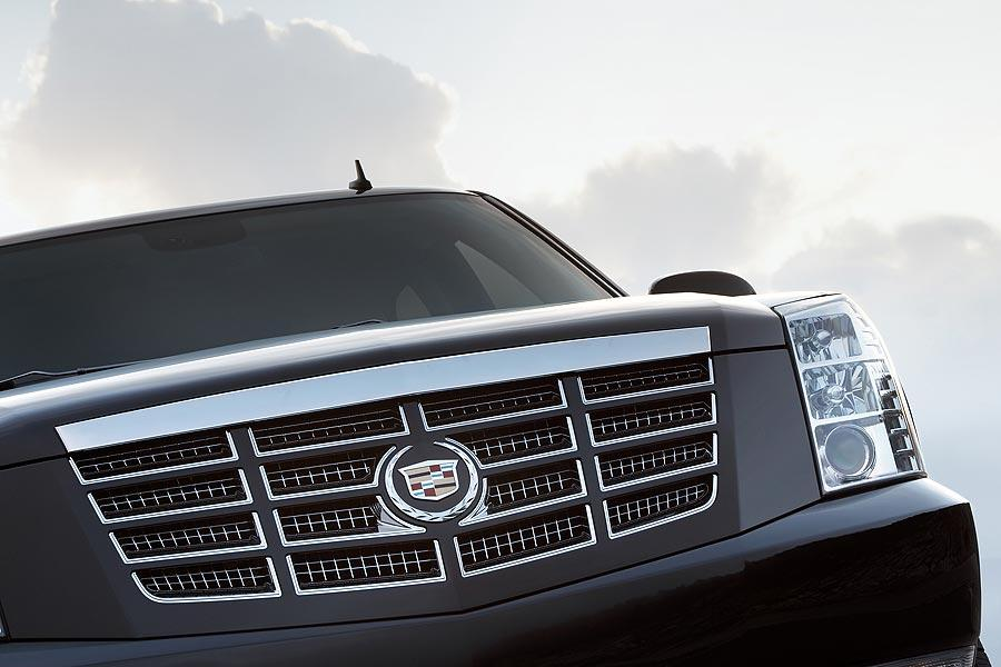 2007 Cadillac Escalade Photo 3 of 17