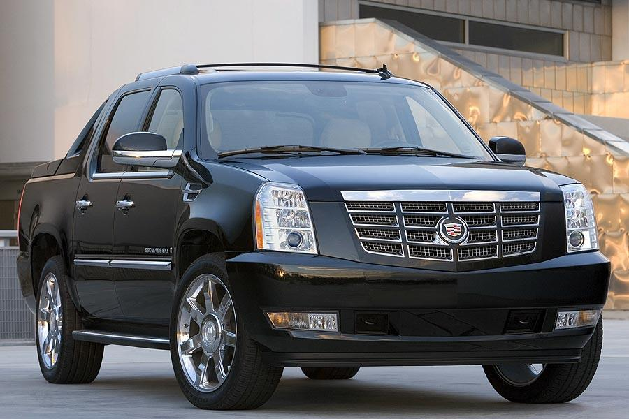 2007 Cadillac Escalade EXT Photo 2 of 9
