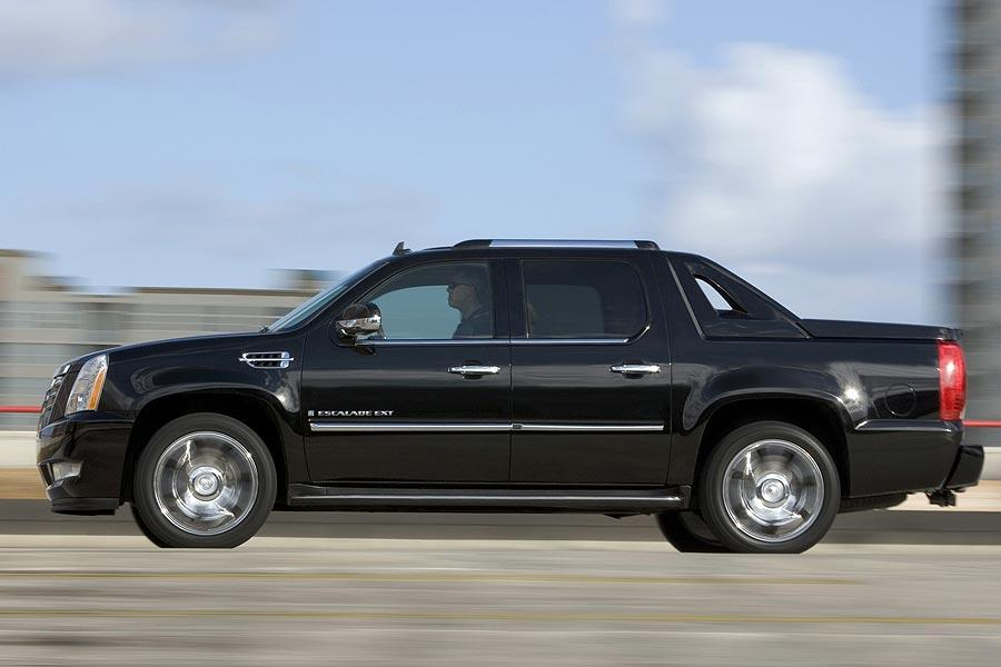 2007 Cadillac Escalade EXT Photo 4 of 9
