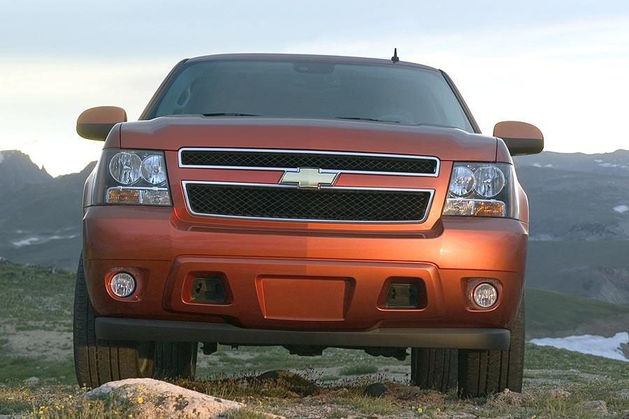 2007 Chevrolet Avalanche Photo 2 of 15