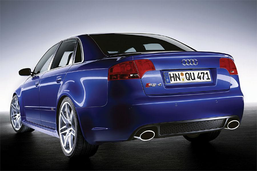 2007 Audi RS 4 Photo 4 of 6