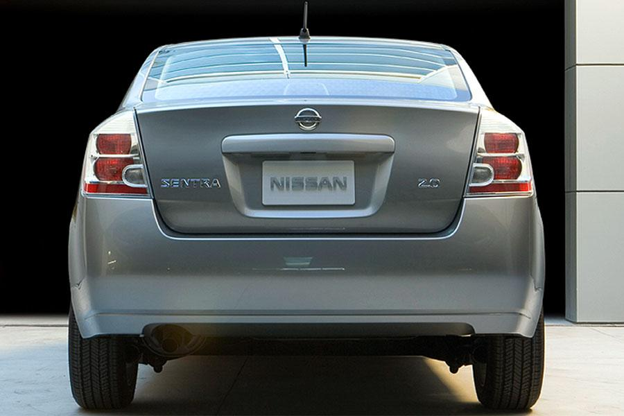 2007 Nissan Sentra Photo 2 of 7
