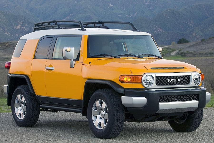 2007 Toyota Fj Cruiser Overview Cars Com