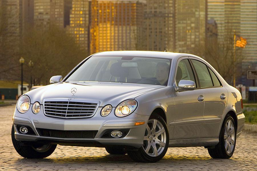 2007 Mercedes-Benz E-Class Photo 3 of 14