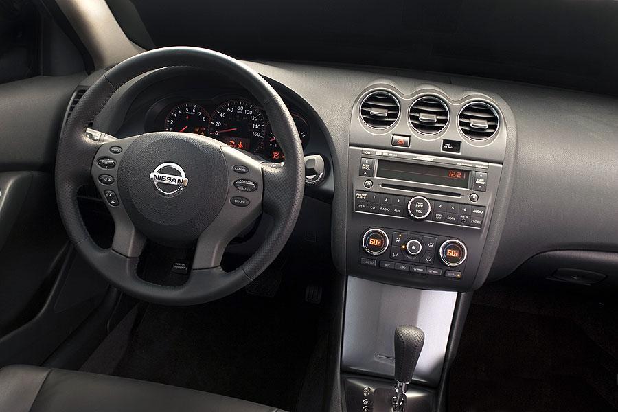 2007 Nissan Altima Reviews Specs And Prices Cars Com