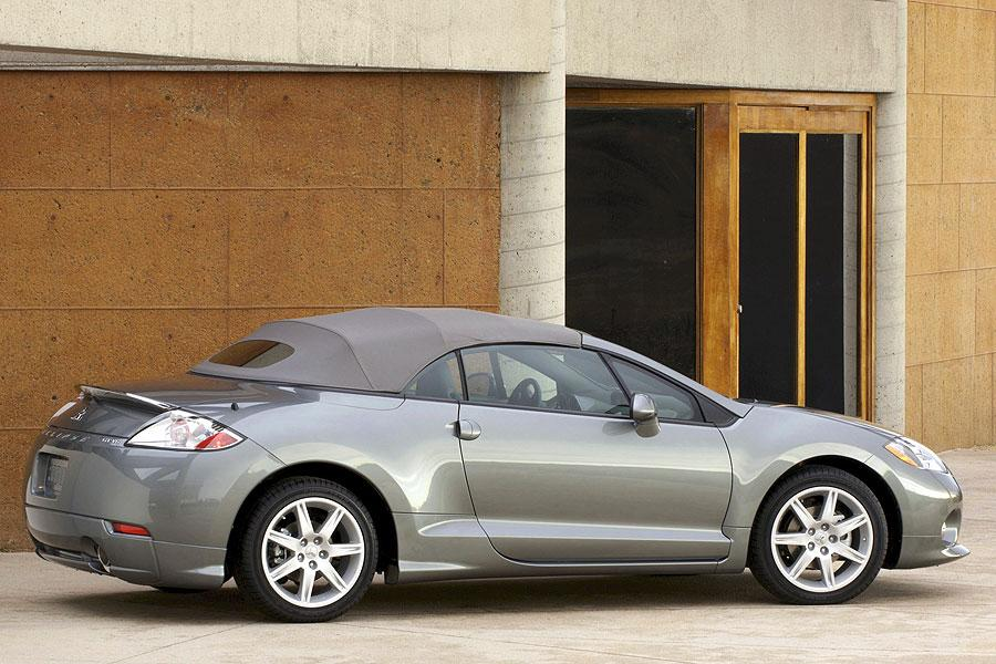2007 Mitsubishi Eclipse Photo 2 of 21