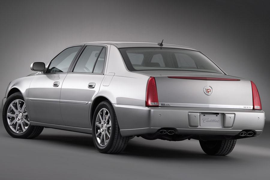 2006 cadillac dts specs pictures trims colors. Black Bedroom Furniture Sets. Home Design Ideas