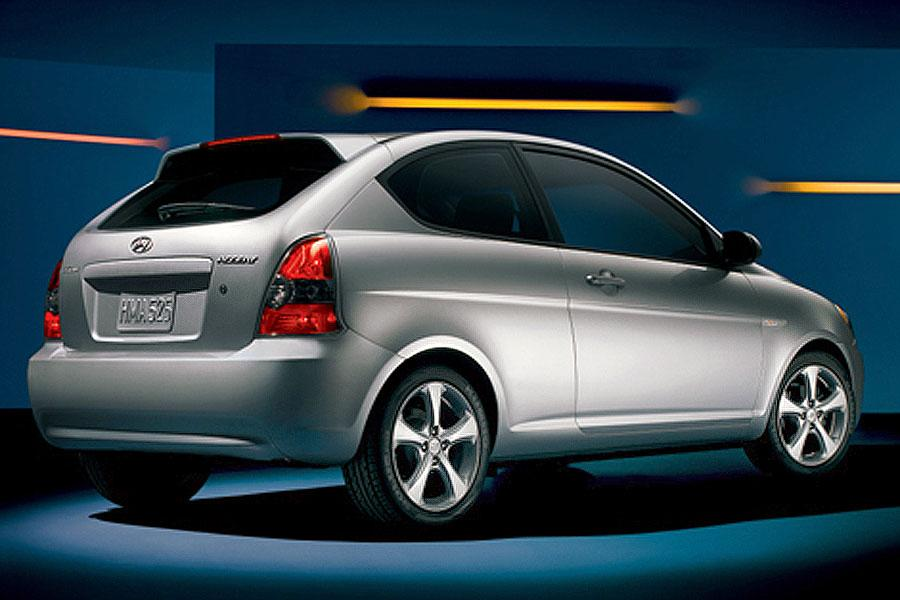 2007 Hyundai Accent Photo 1 of 4