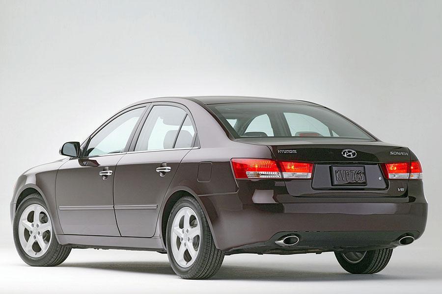 2007 Hyundai Sonata Photo 2 of 5