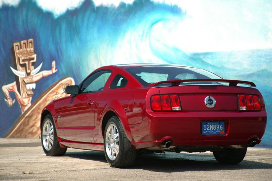 2006 Ford Mustang Photo 3 of 9