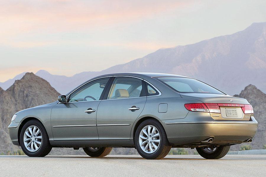 2007 Hyundai Azera Overview  Carscom
