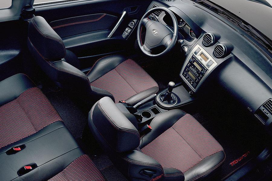 2007 Hyundai Tiburon Photo 3 of 4