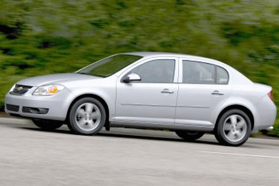 2006 Chevrolet Cobalt Photo 2 of 9