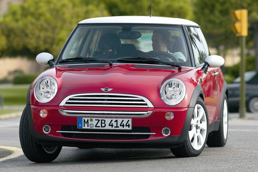 2006 mini cooper reviews specs and prices. Black Bedroom Furniture Sets. Home Design Ideas