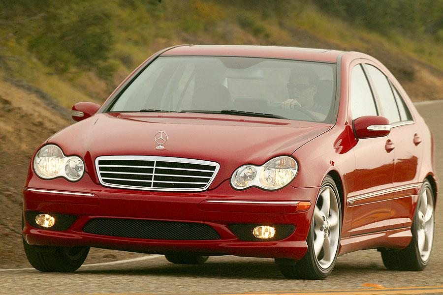 2007 Mercedes-Benz C-Class Photo 2 of 5