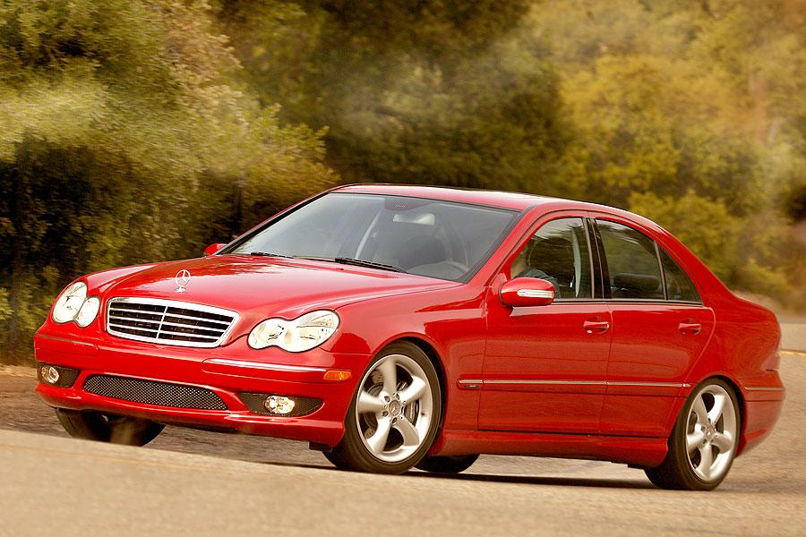 2007 Mercedes-Benz C-Class Photo 4 of 5