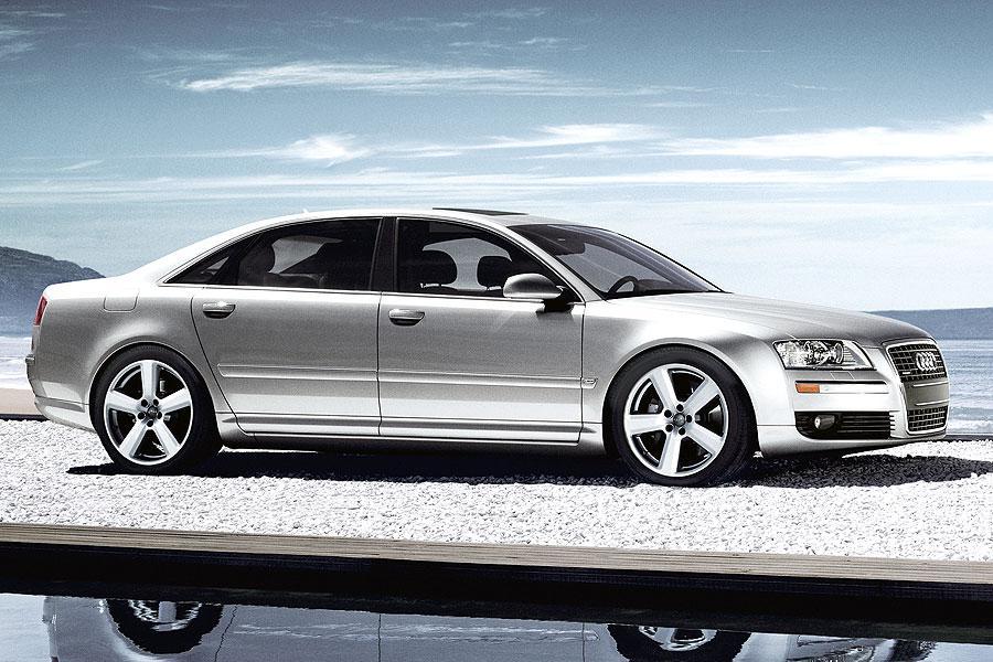 2007 Audi A8 Photo 5 of 6