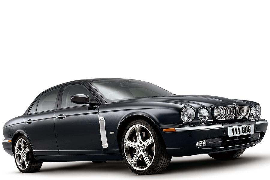 2007 Jaguar XJR Photo 1 of 4