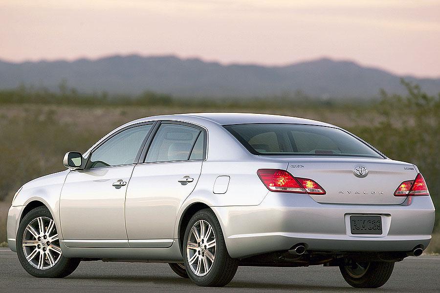 2007 Toyota Avalon Photo 3 of 10
