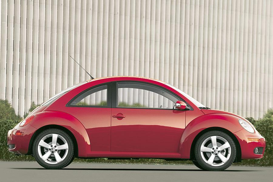 2007 Volkswagen New Beetle Photo 5 of 5