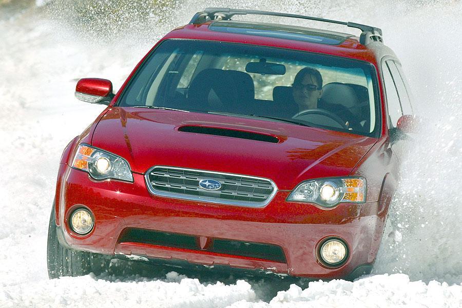 2007 Subaru Outback Photo 2 of 5